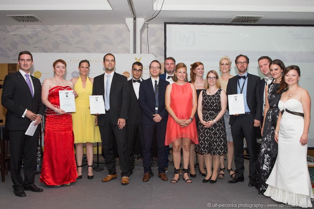 feierliche Überreichung des Awards
